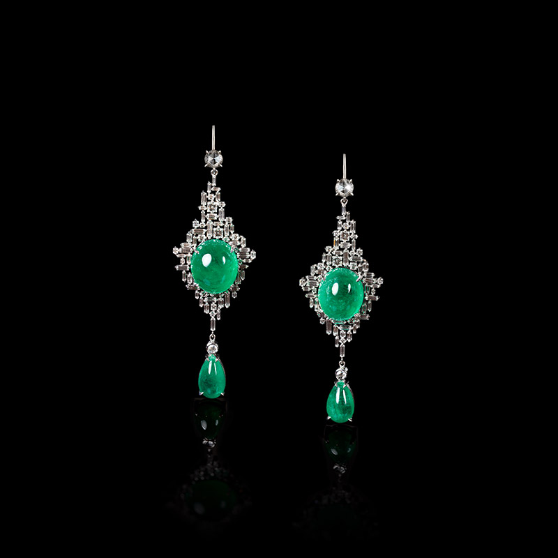 Canturi Cubism emerald drop earrings in 18kt white gold