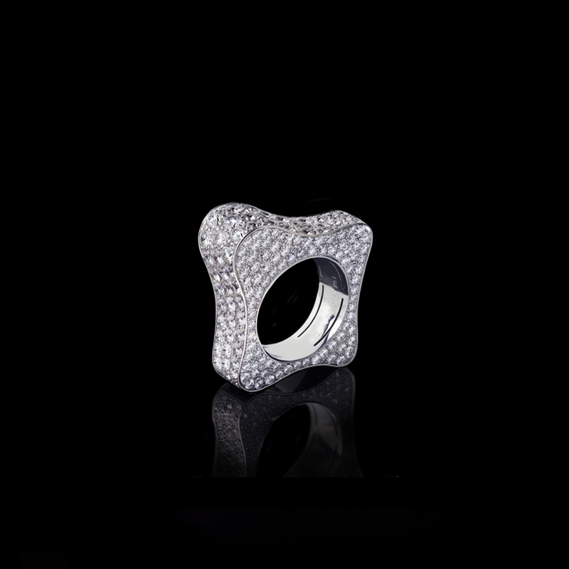 Canturi Island Luxe Liquid diamond ring. Created in 18ct white gold