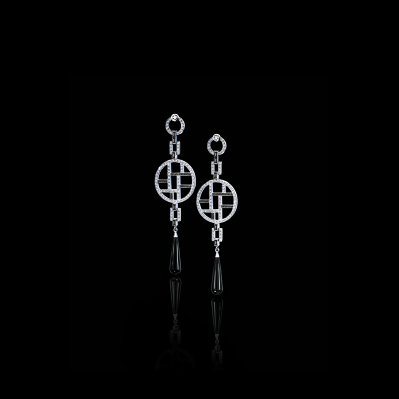 Canturi Metropolis black and white diamond ear pendants, with Vintage rose cut diamonds and Australian black sapphire baguette detail and tear drop onyx gemstones in 18ct white gold.