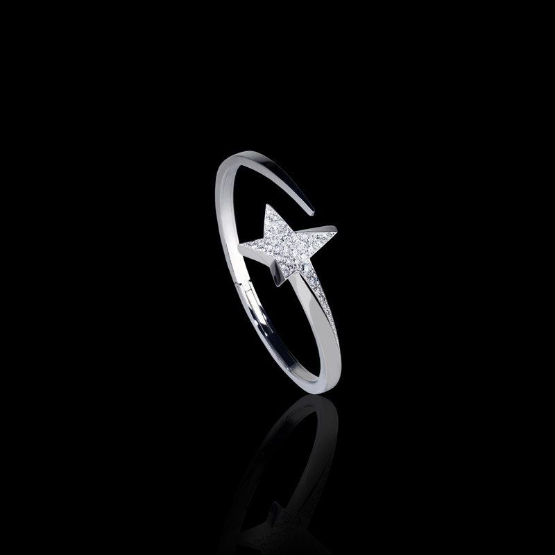 Canturi Odyssey diamond Star bangle in 18ct white gold. Also available in 18ct pink and yellow gold