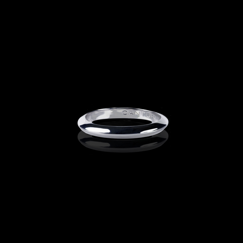 Canturi Regal plain band in 18ct white gold, also available in yellow and pink gold.