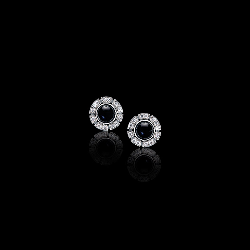 Canturi Regina Stud earrings with black sapphire in 18ct white gold