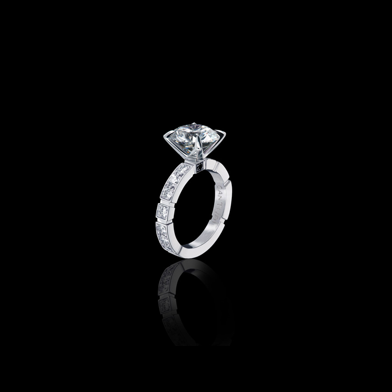 Canturi Regina diamond engagement ring with Dream setting and single Australian black sapphire detail available in Round brilliant cut diamond
