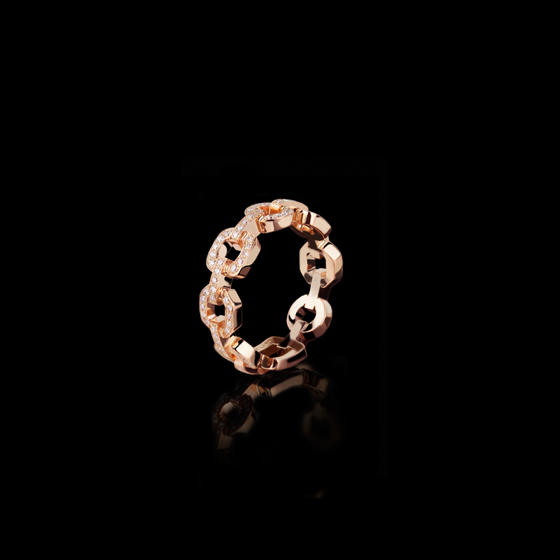 Canturi Link diamond ring in 18ct pink gold.