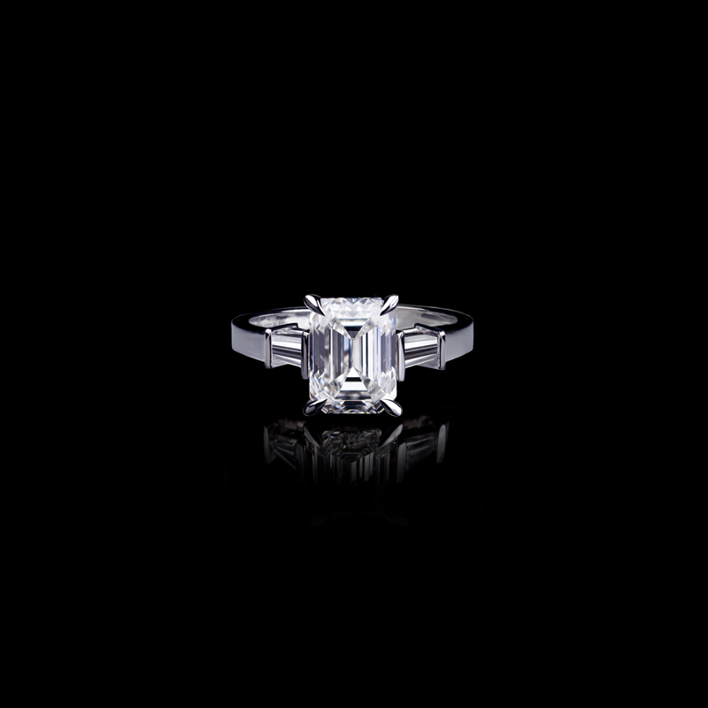 Canturi Upswept diamond engagement ring in a dream setting with radiant cut diamond (shown) or a variety of shapes and sizes. In 18ct white gold, also available in yellow gold or pink gold.