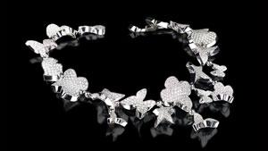 Canturi Odyssey necklace with full diamonds in 18kt white gold
