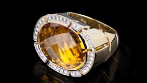Canturi Cubism Pavé checkboard ring featuring an Oval citrine gemstone and diamonds in 18ct yellow gold.